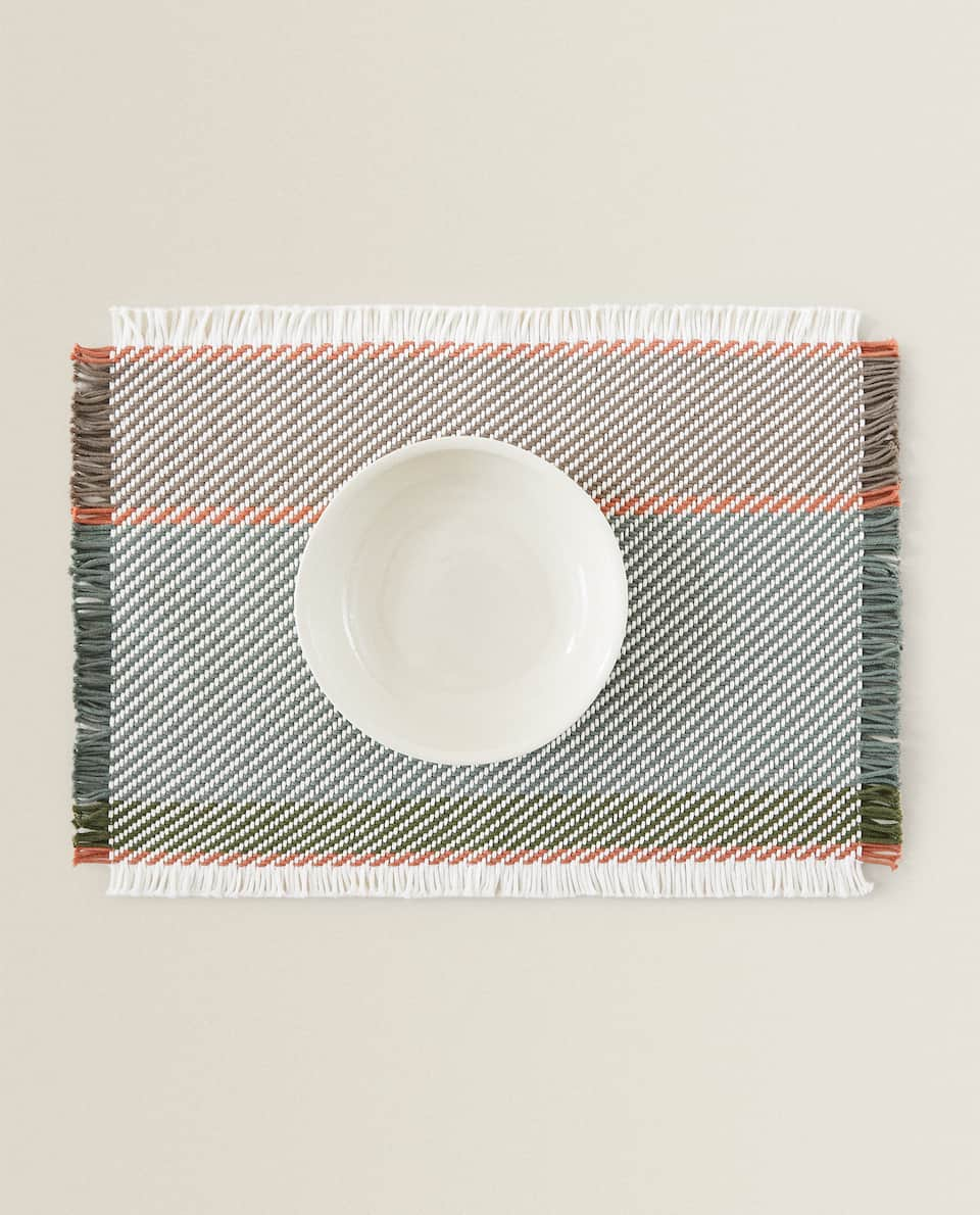 FRAYED PLACEMAT