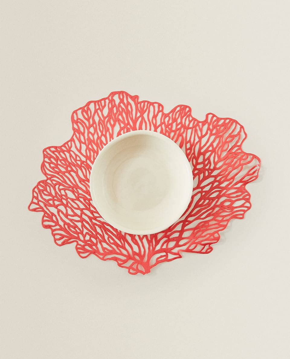 CORAL-SHAPED RESIN PLACEMAT
