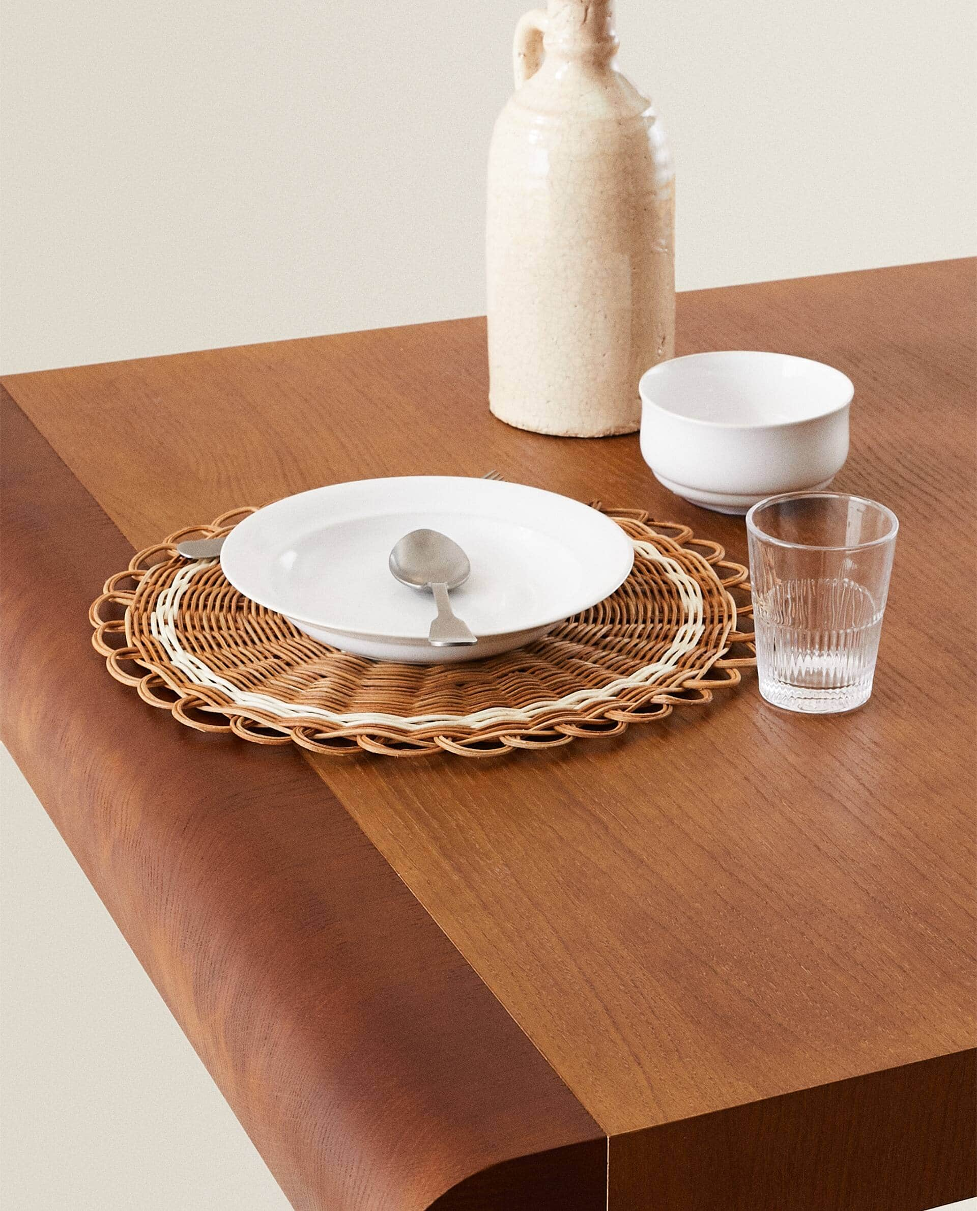 Round Rattan Placemat Placemats