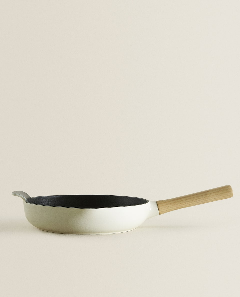 BERGHOFF CAST IRON FRYING PAN