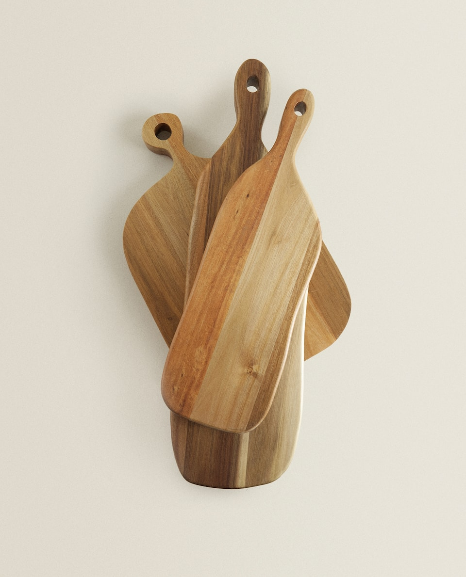 ACACIA WOOD KITCHEN CHOPPING BOARD