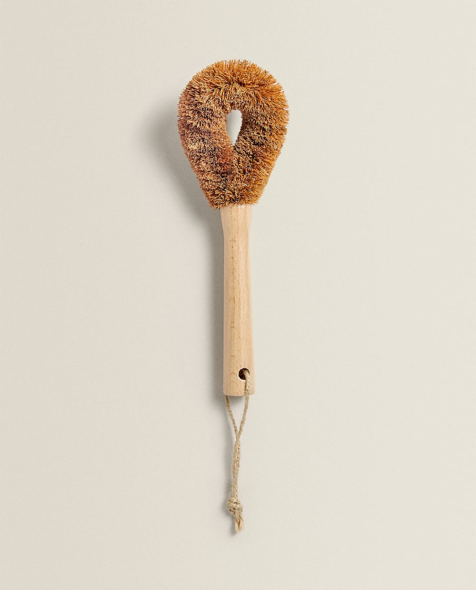 COCONUT FIBRE BRUSH FOR POTS