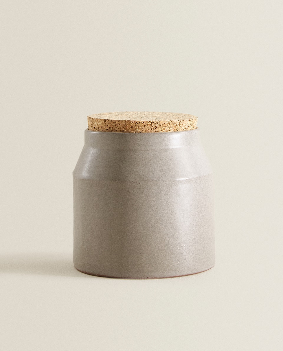 TERRACOTTA JAR WITH CORK LID