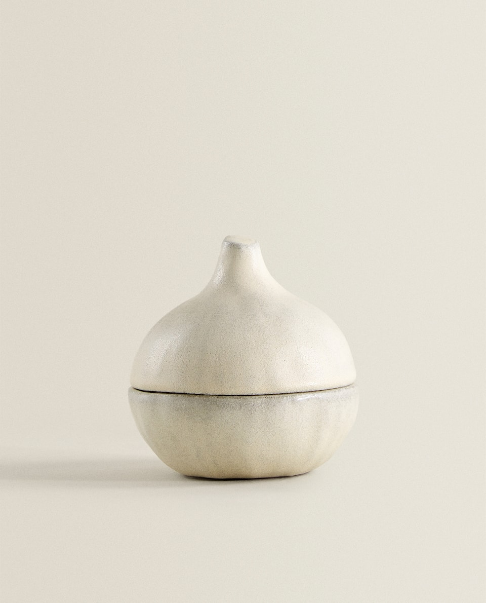 ONION-SHAPED TERRACOTTA JAR