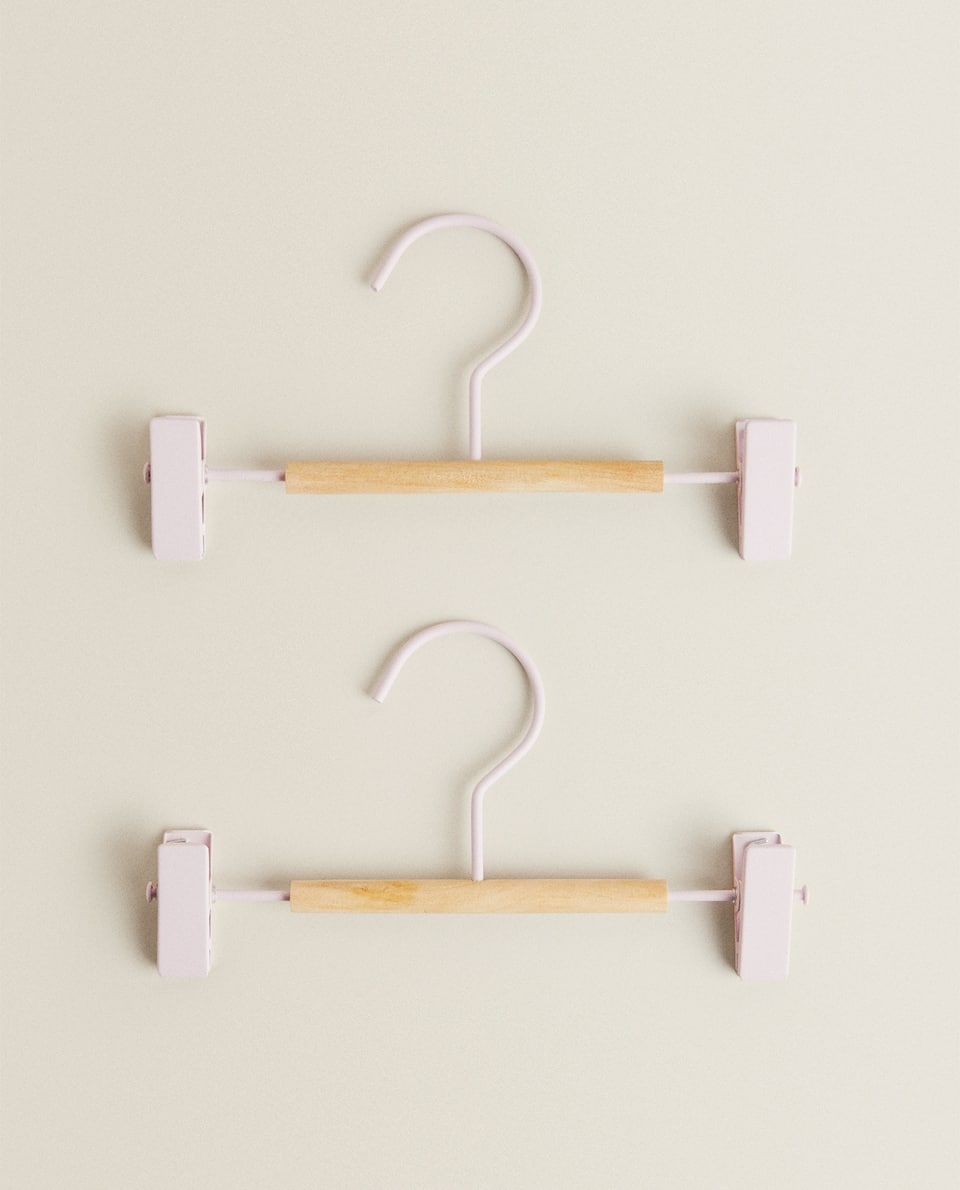 METAL AND WOOD SKIRT HANGER (SET OF 2)