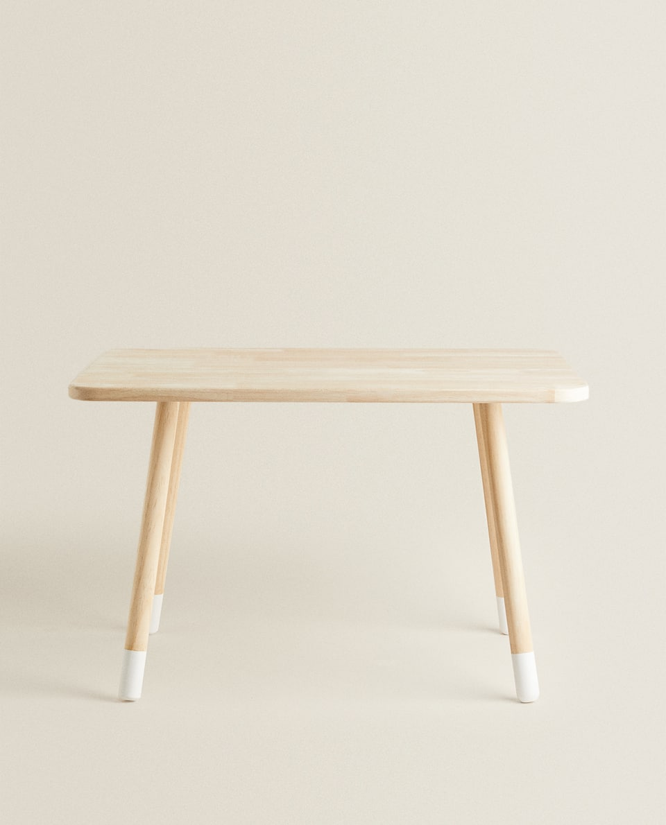KIDS' WOODEN TABLE