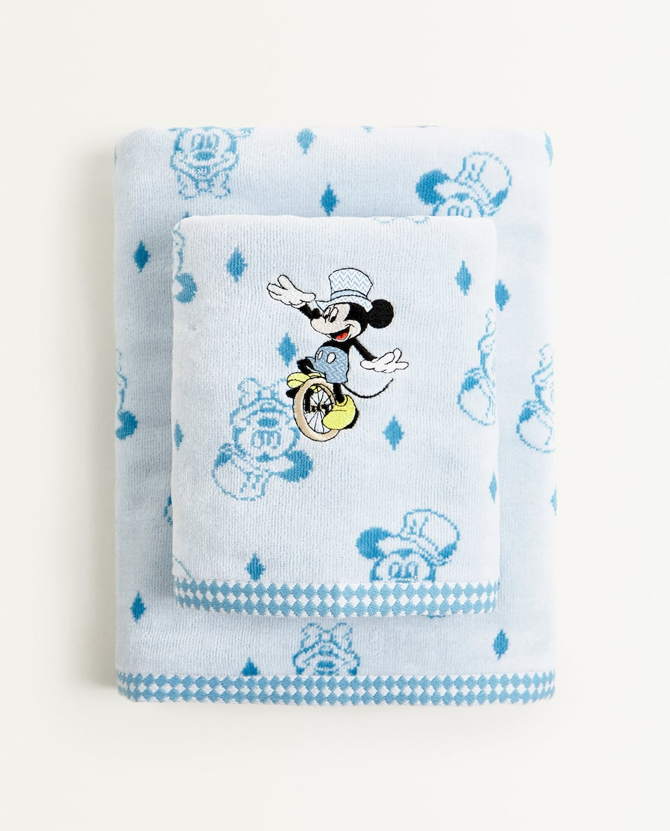 EMBROIDERED MICKEY MOUSE TOWEL