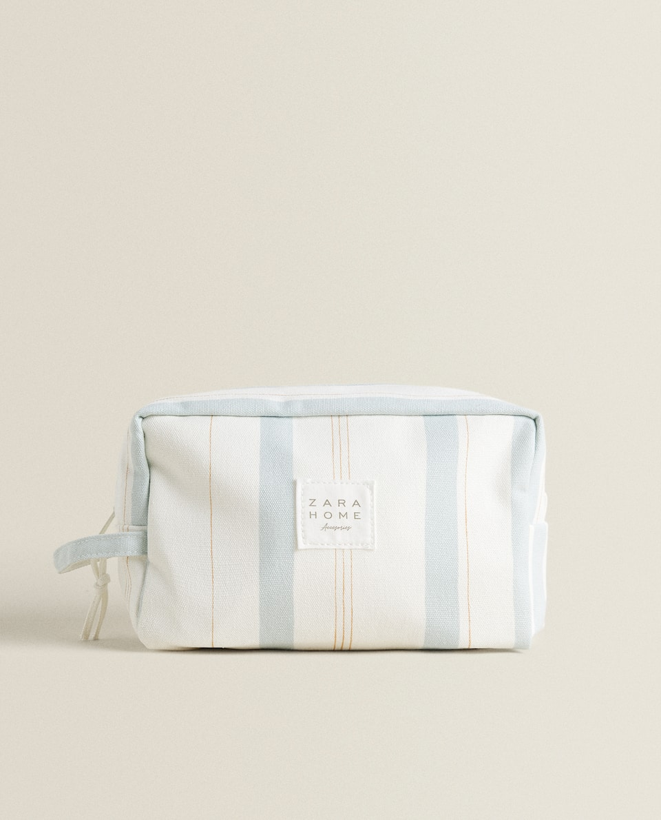 TWO-TONE STRIPED TOILETRY BAG