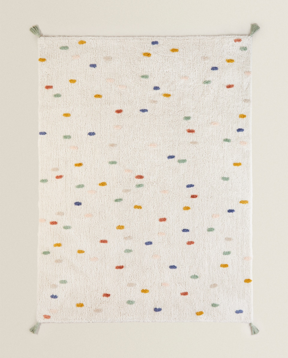 KIDS' DOTTED RUG