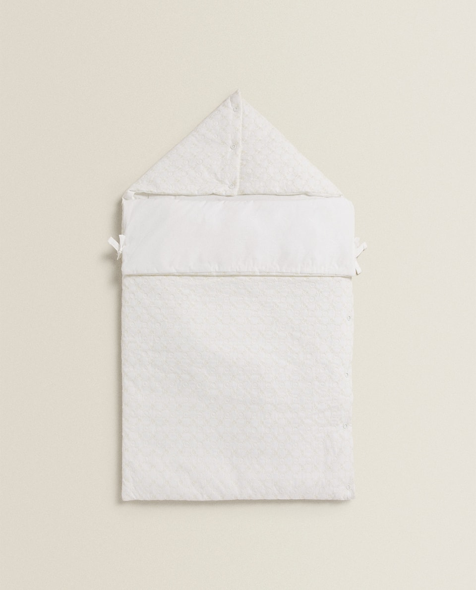 NID D'ANGE COTON BRODERIE