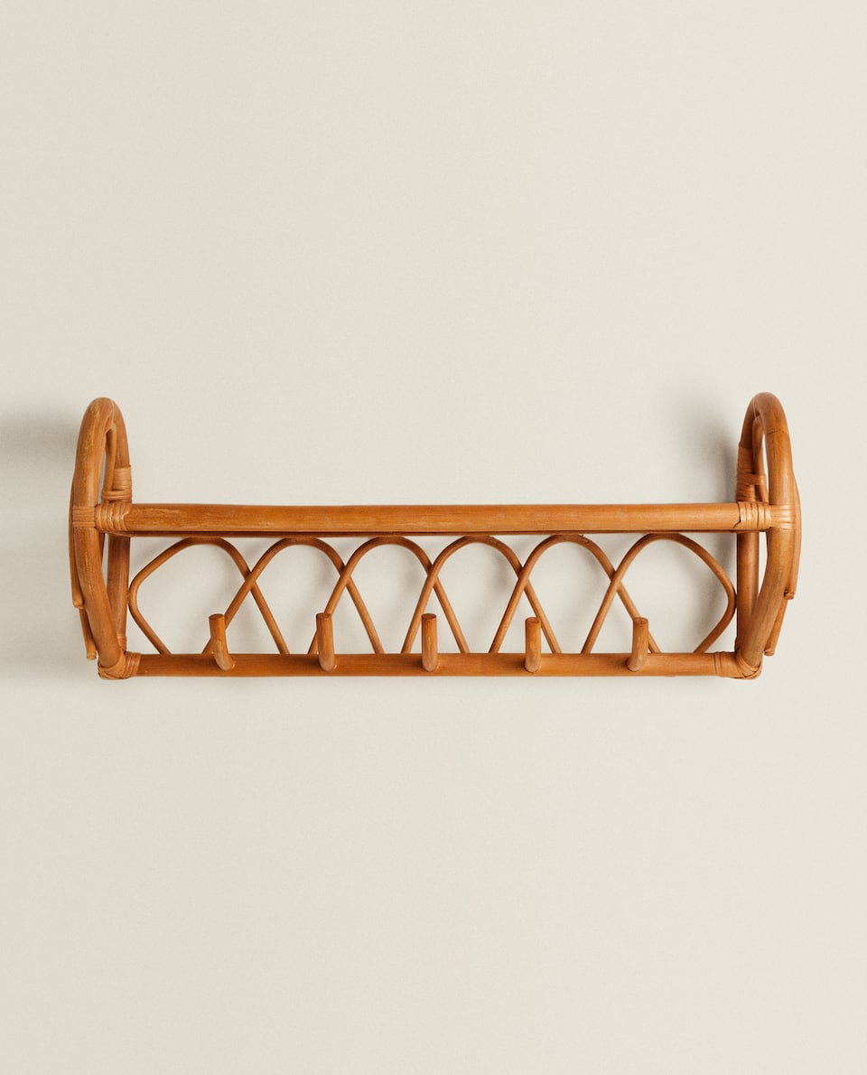 KIDS RATTAN CLOTHES RACK