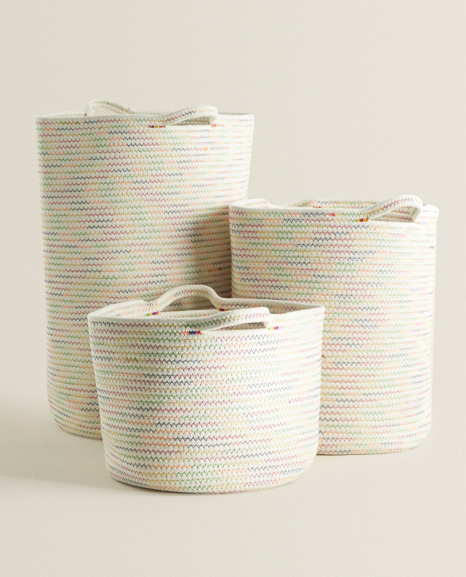 MULTICOLORED ZIGZAG BASKET