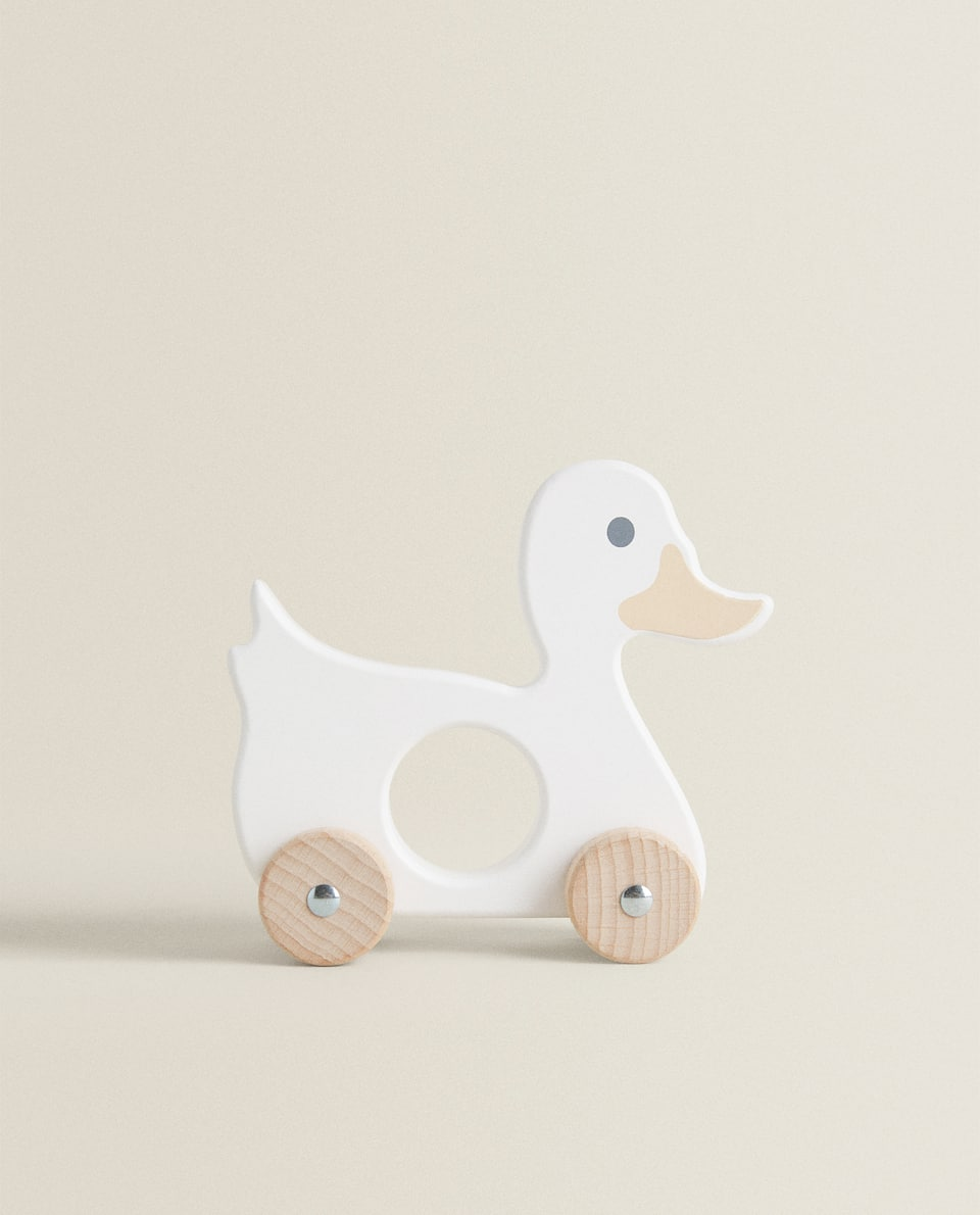 MEDIUM-SIZED WOODEN DUCK TOY
