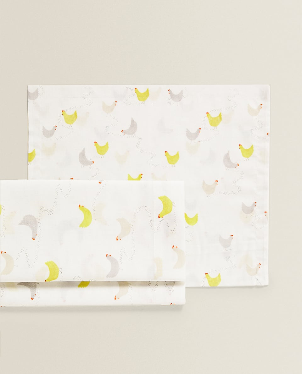 HENS MINI COT AND MOSES BASKET SHEET SET
