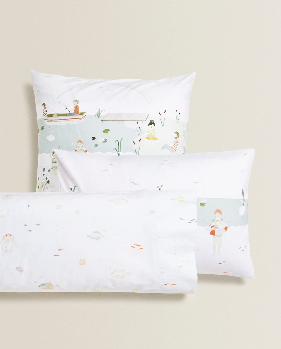 REVERSIBLE LAKE PRINT PILLOWCASE