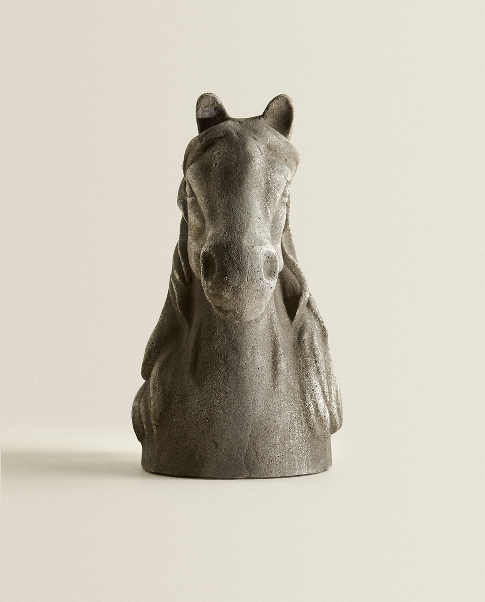 HORSE-SHAPED FIGURE
