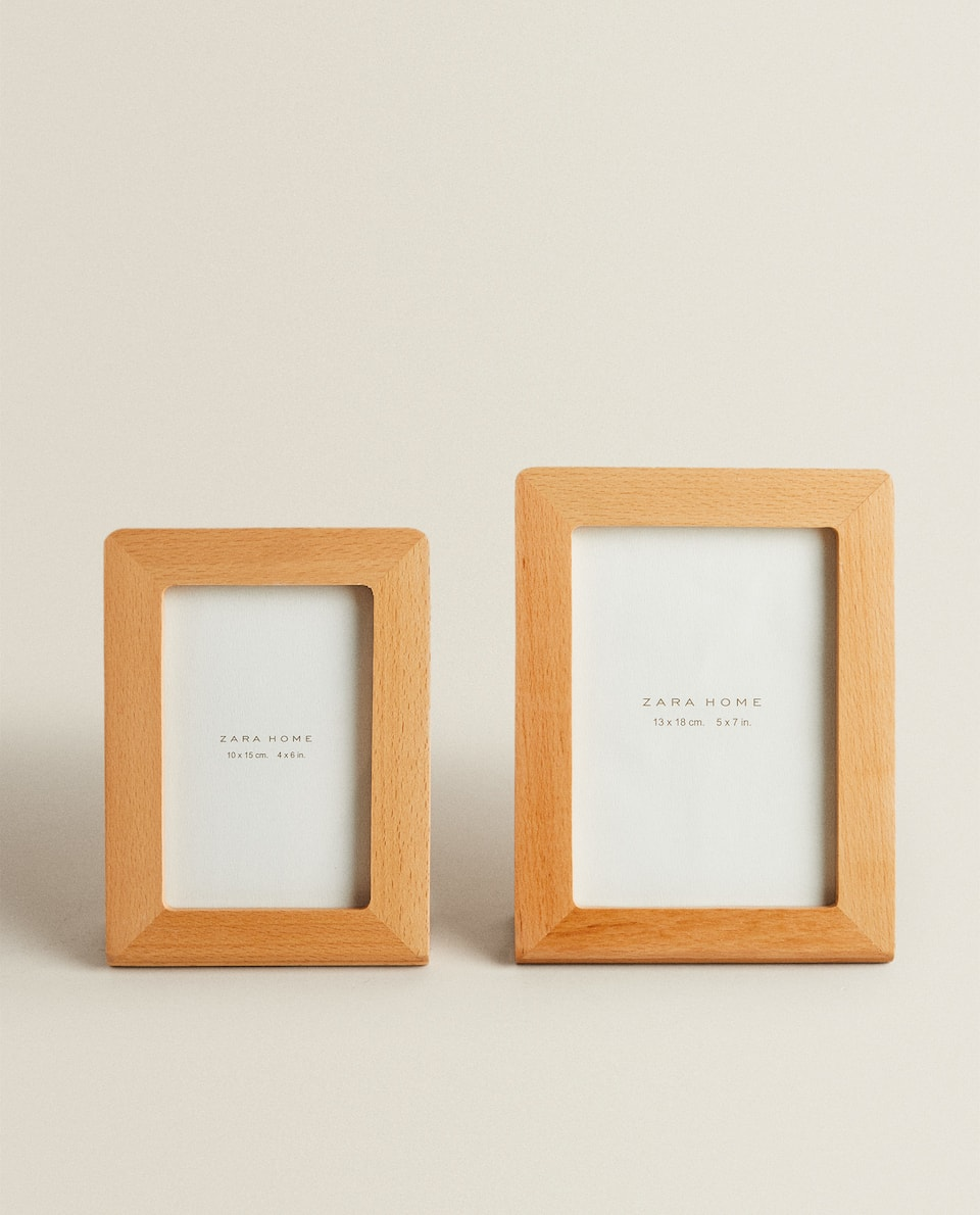 FREESTANDING WOODEN FRAME