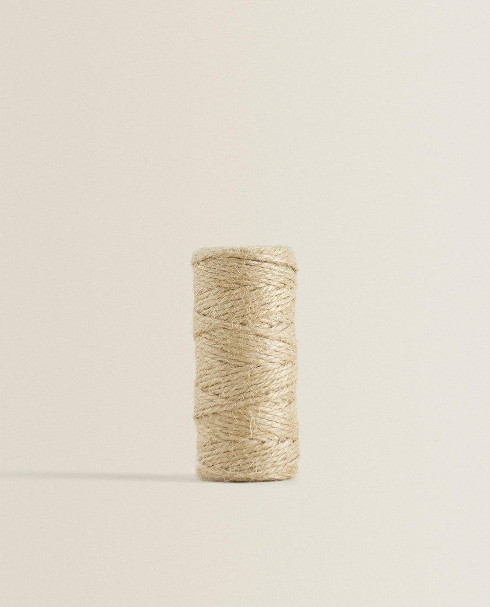 ROLL OF JUTE YARN (25M)