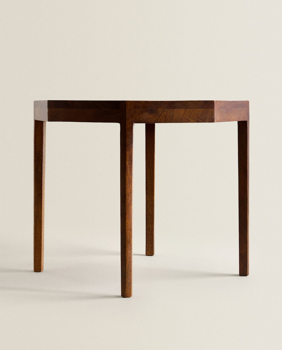 TABLE FORME OCTOGONALE