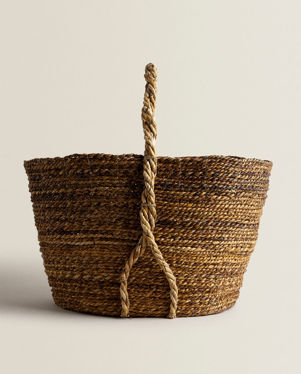 BASKET WITH WOVEN HANDLE