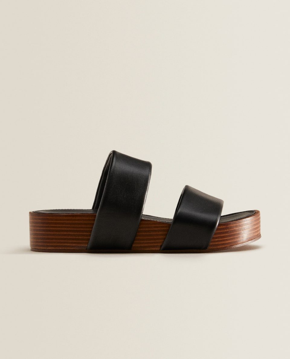 Wedges with leather double straps