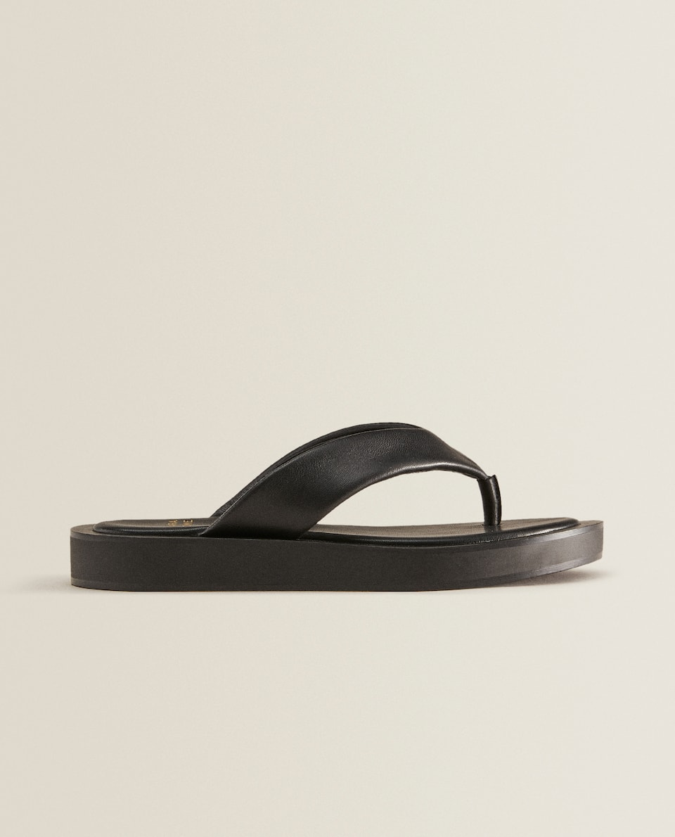 Contrast leather sandals