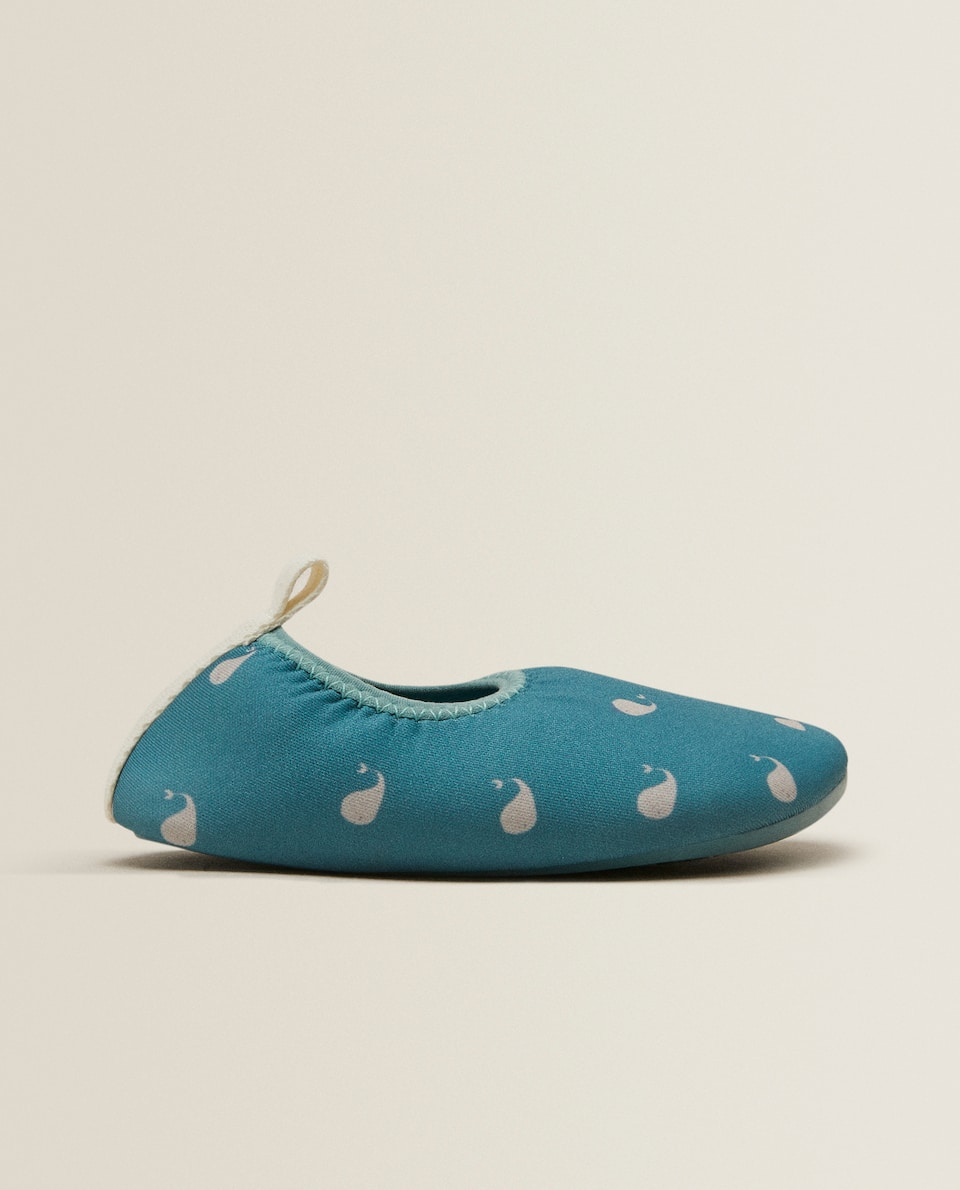 Whale print slippers