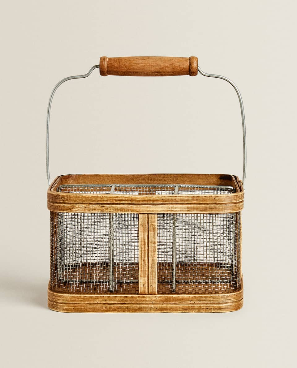 WOODEN CUTLERY BASKET WITH HANDLE