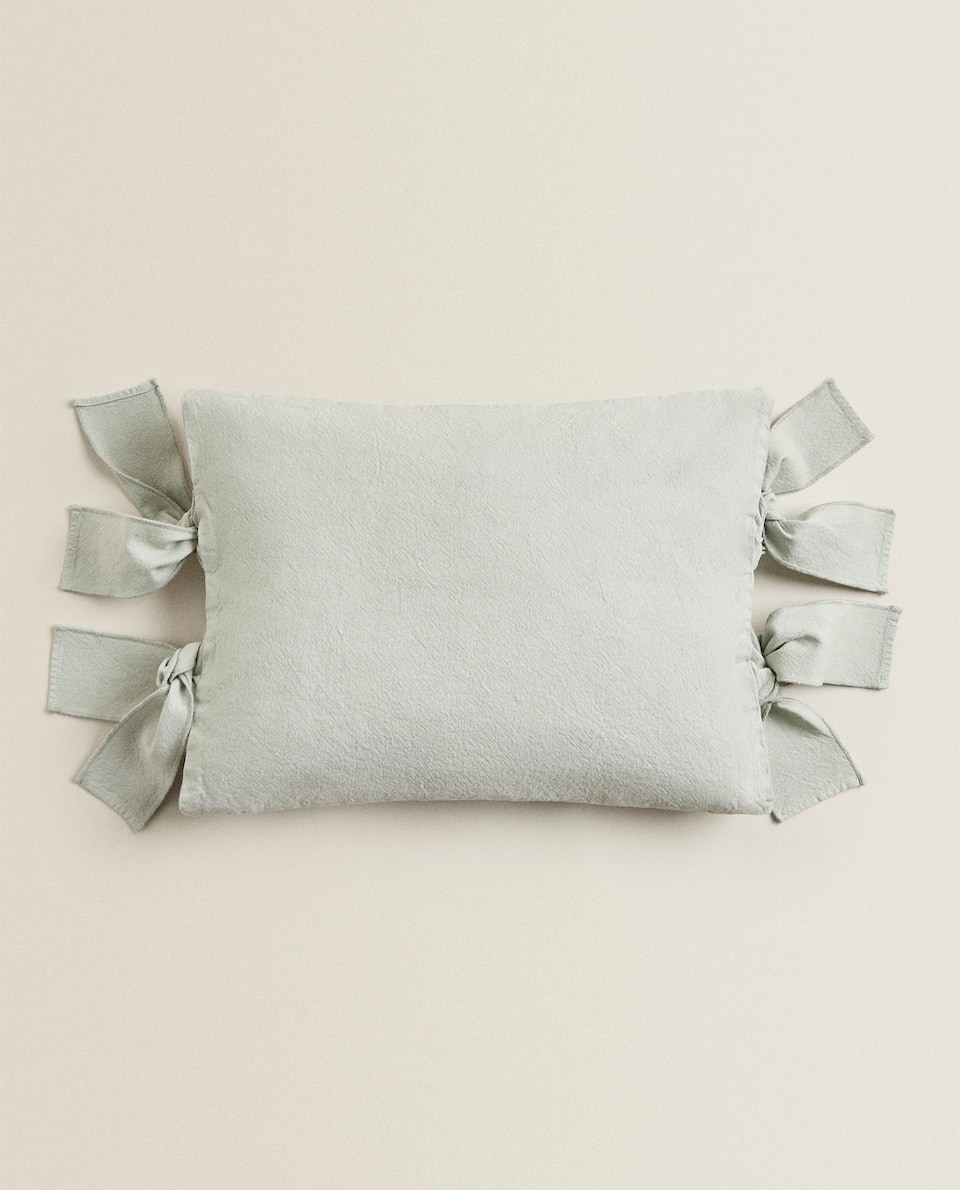 CANVAS CUSHION COVER WITH BOWS