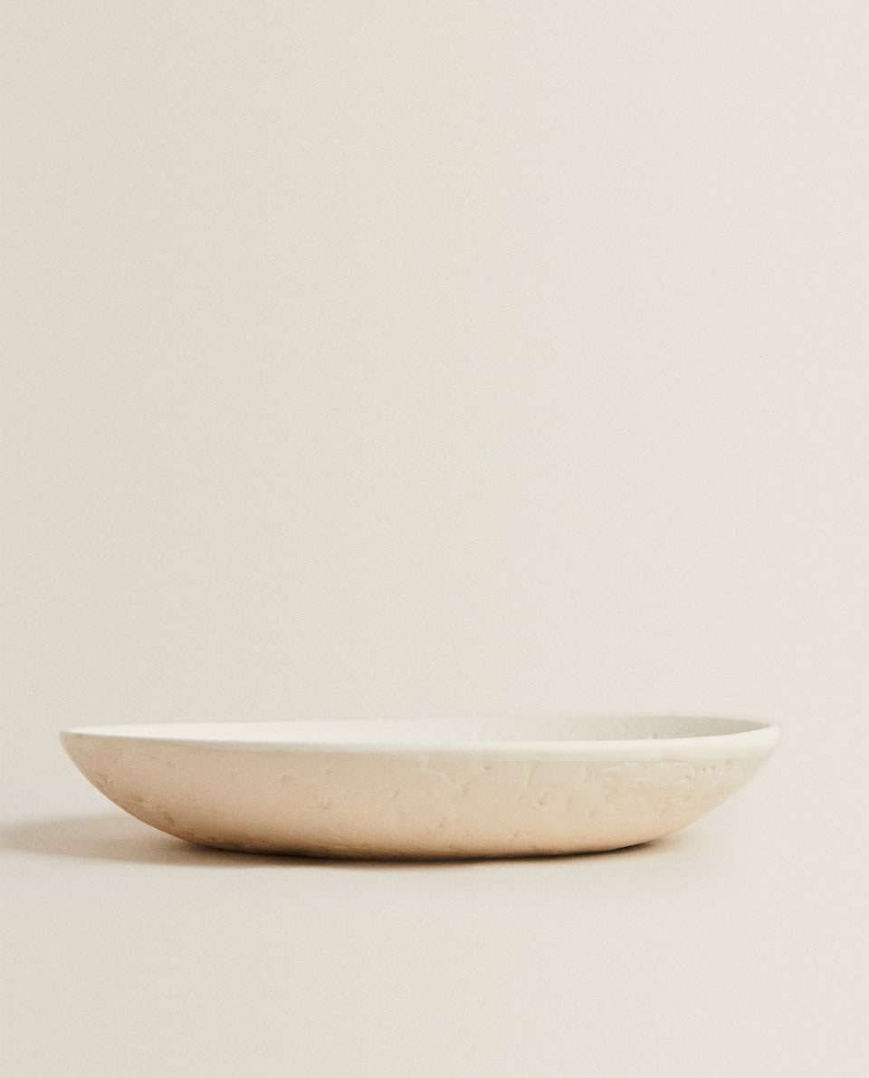 DECORATIVE BOWL WITH ROUGH SURFACE