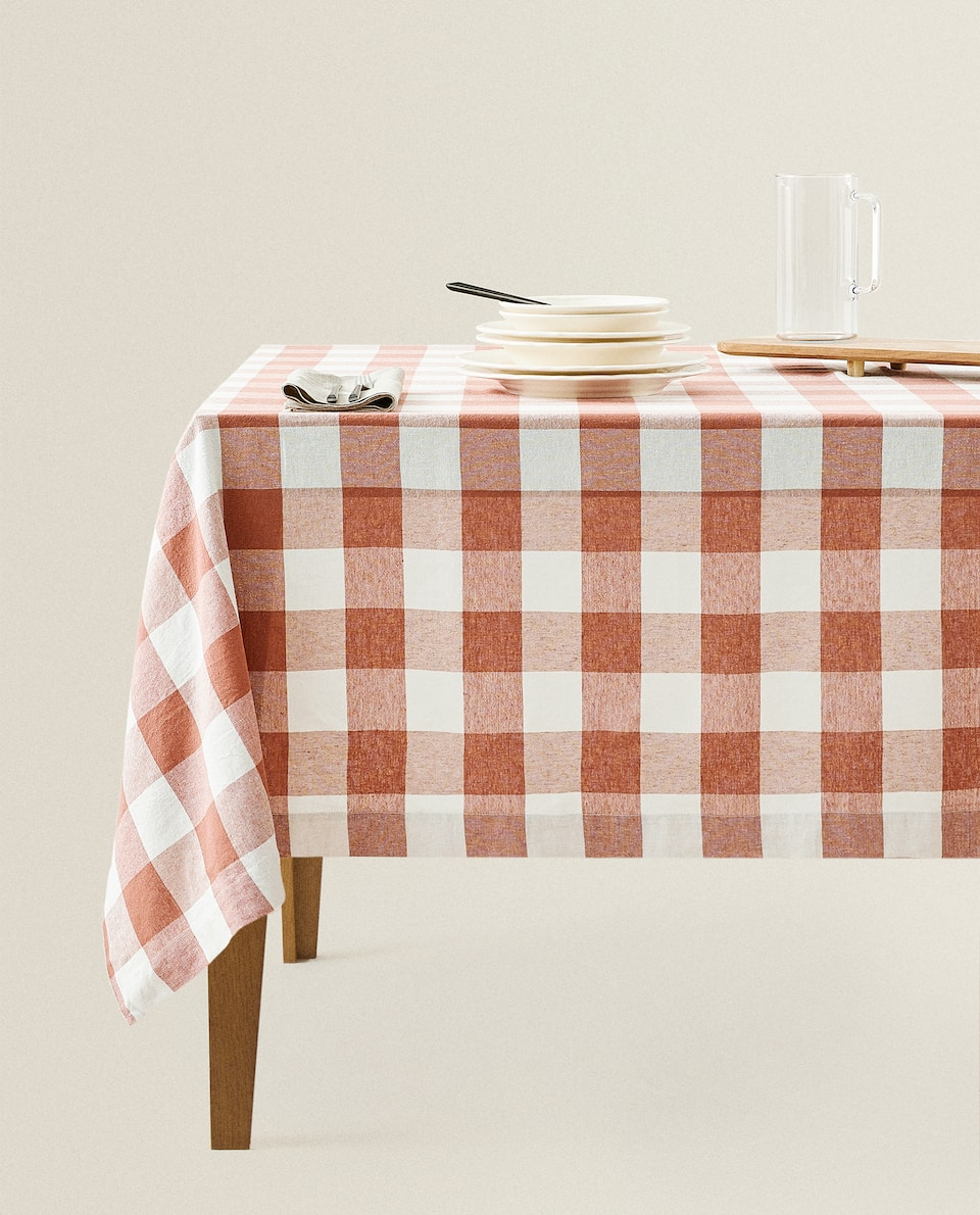 CHECKED WASHED LINEN TABLECLOTH