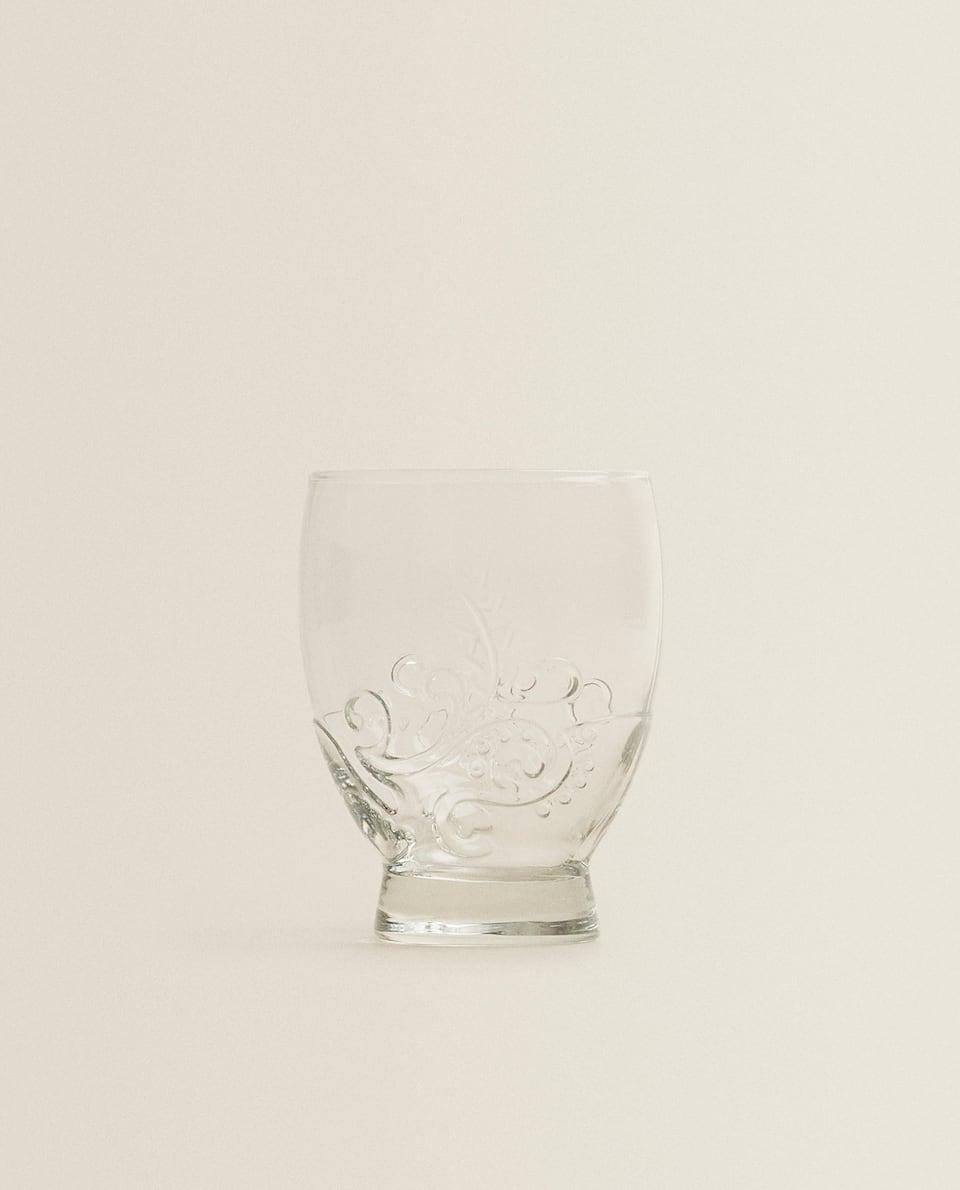 RAISED FLORAL DESIGN GLASS TUMBLER