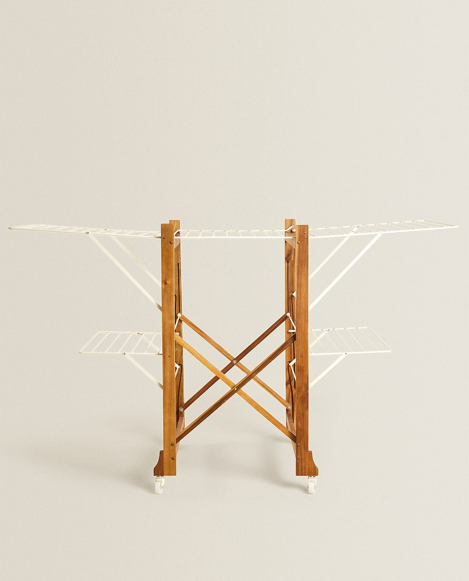 FOLDING WOODEN AND METAL CLOTHES HORSE