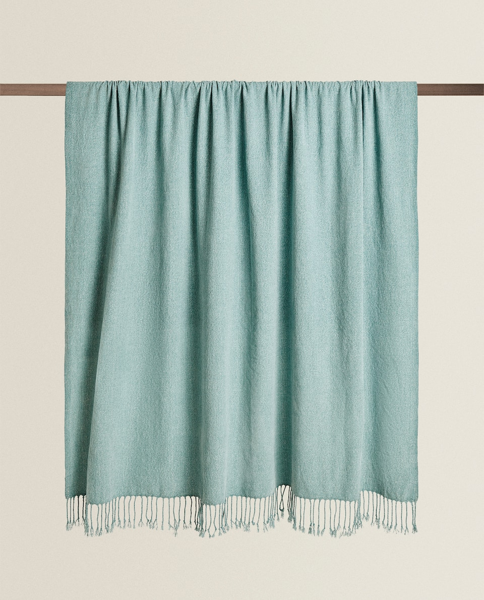 CHENILLE BLANKET WITH FRINGING