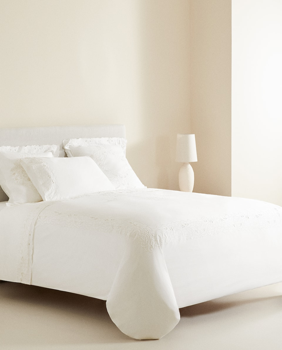 CUTWORK EMBROIDERED DUVET COVER