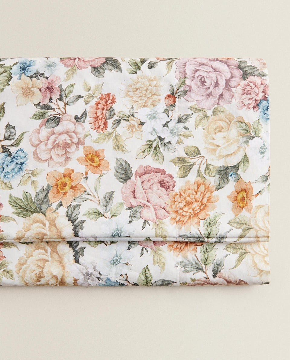 FLAT SHEET WITH COLOURFUL FLORAL PRINT