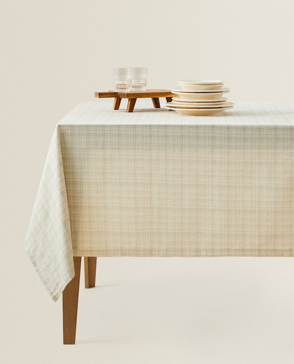 YELLOW STRIPED CHECK TABLECLOTH