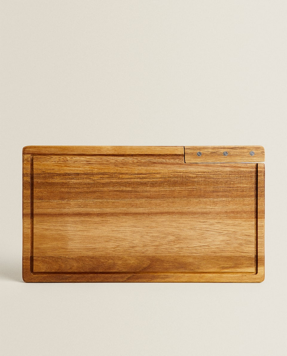 STAINLESS STEEL KNIFE AND CUTTING BOARD