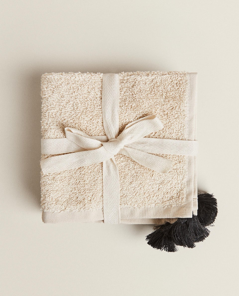 (PACK OF 3) TOWELS WITH TASSELS