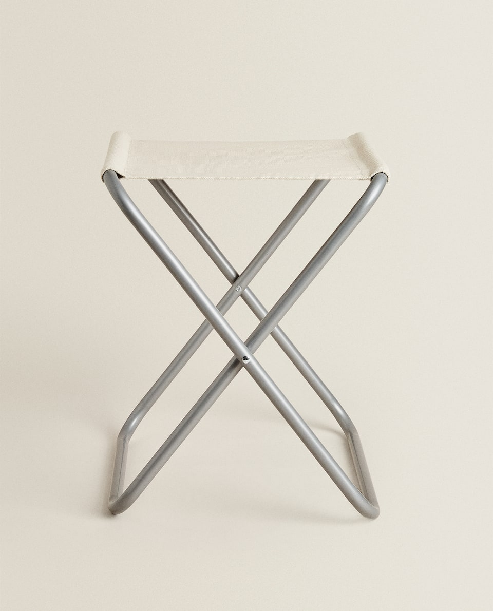 FOLDING METAL AND CANVAS STOOL