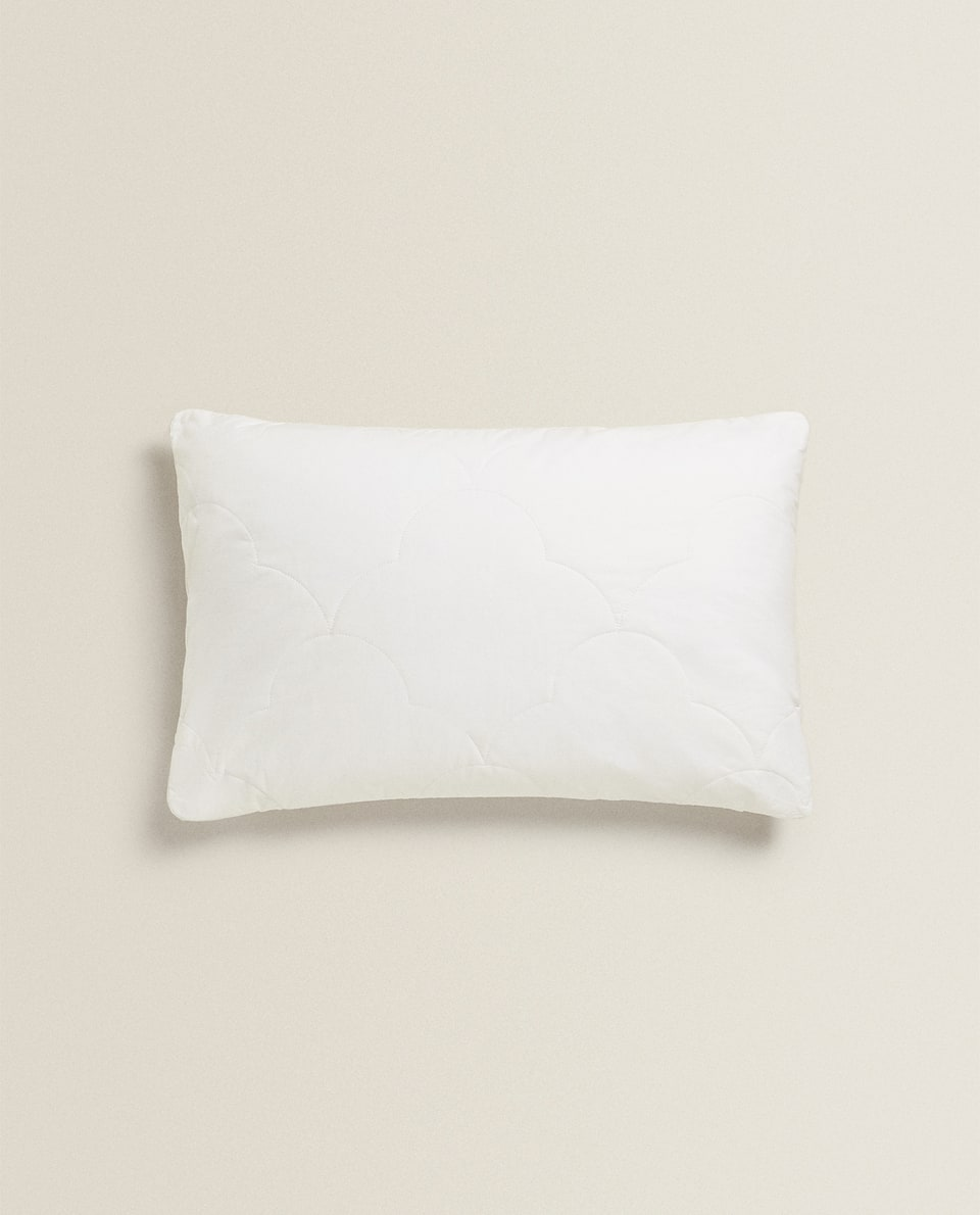 PADDED BEDSPREAD PILLOW PROTECTOR
