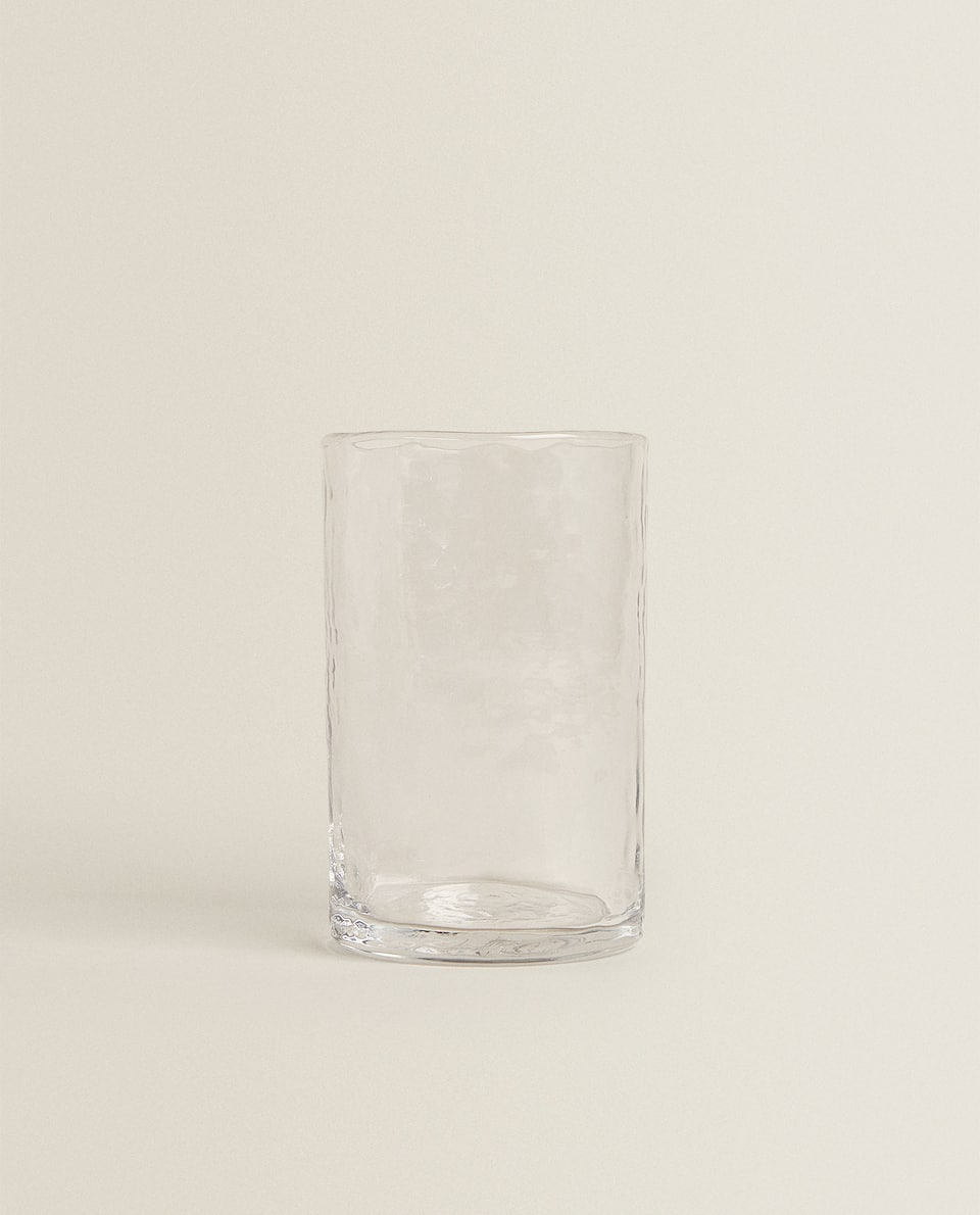 ORGANICALLY SHAPED GLASS TUMBLER