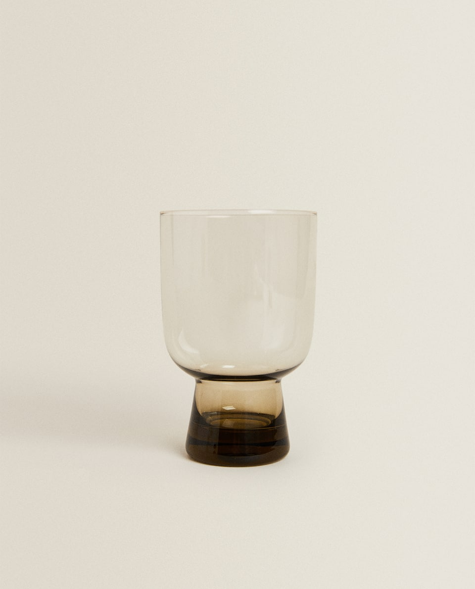 TALL GLASS TUMBLER WITH BASE