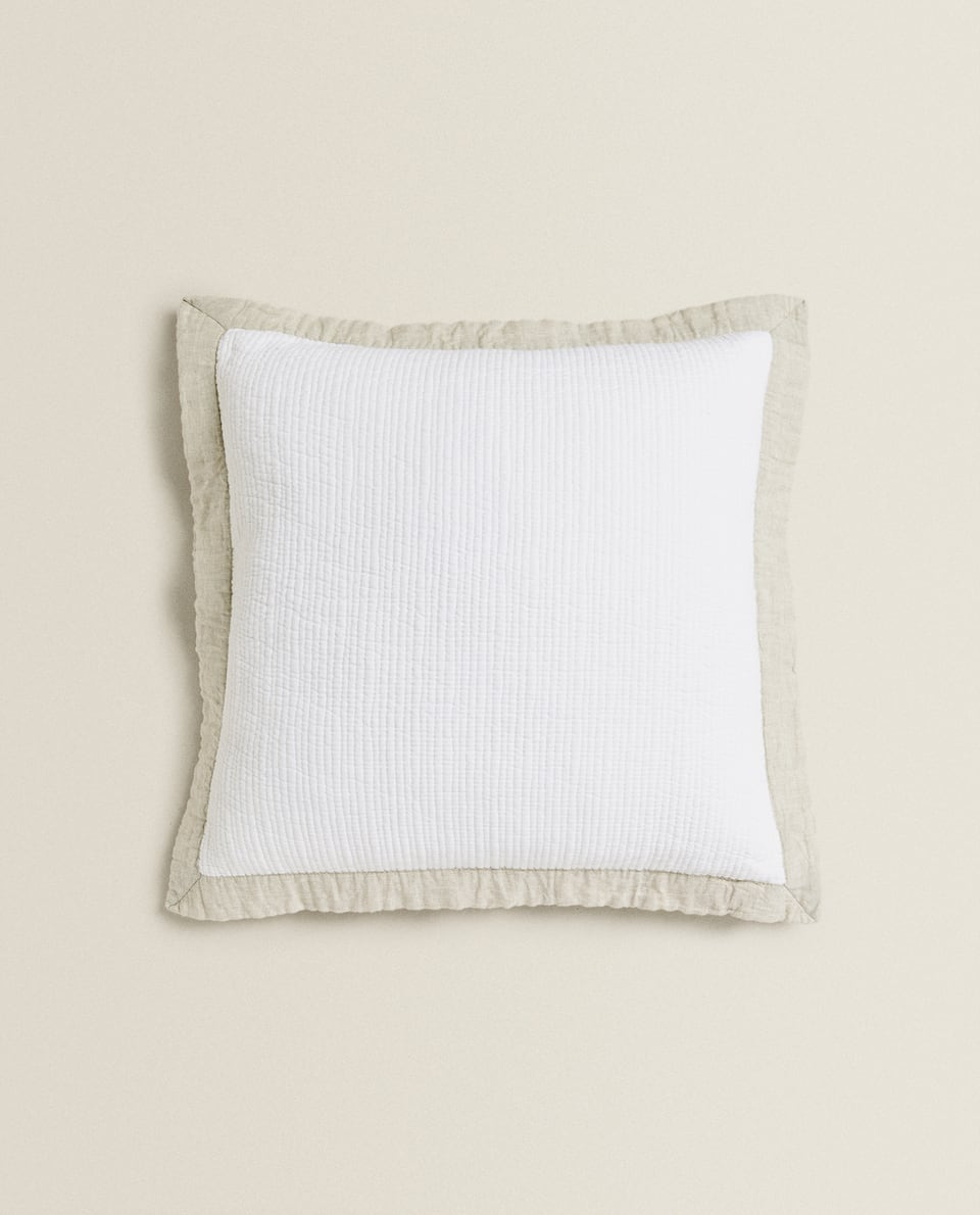COTTON AND LINEN CUSHION COVER WITH DETAILING