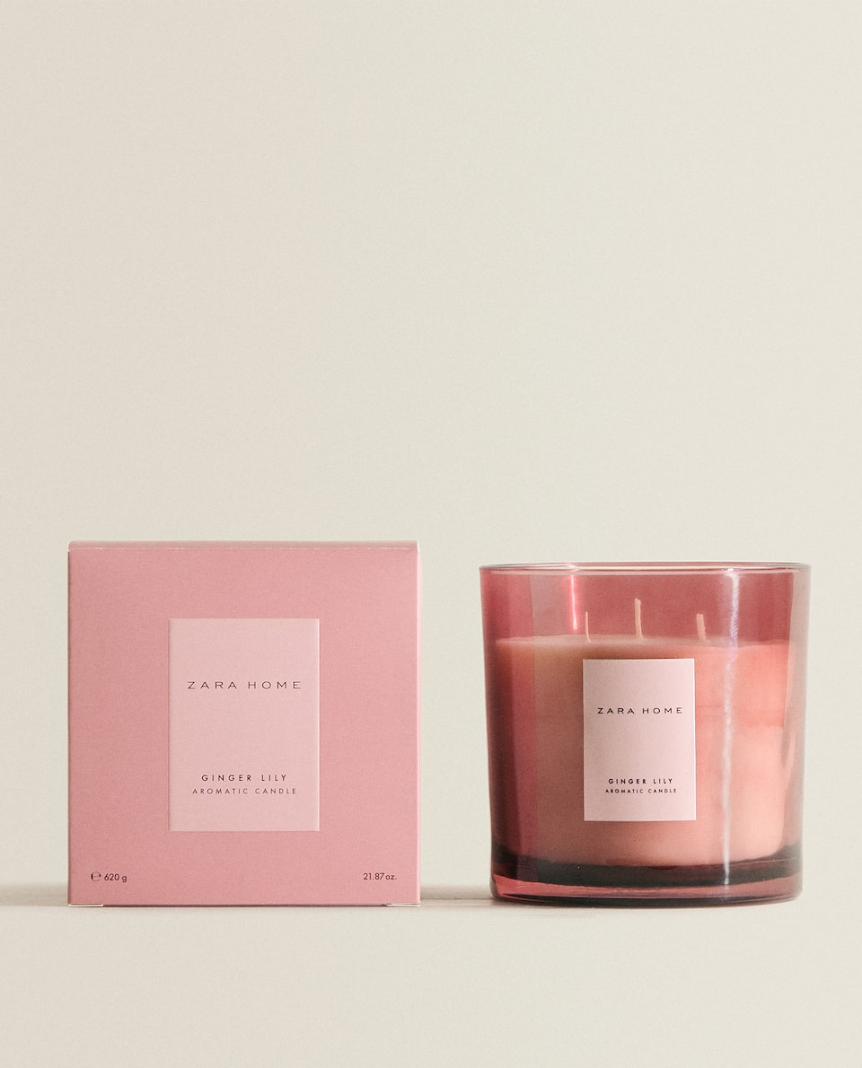 (620 G) GINGER LILY SCENTED CANDLE