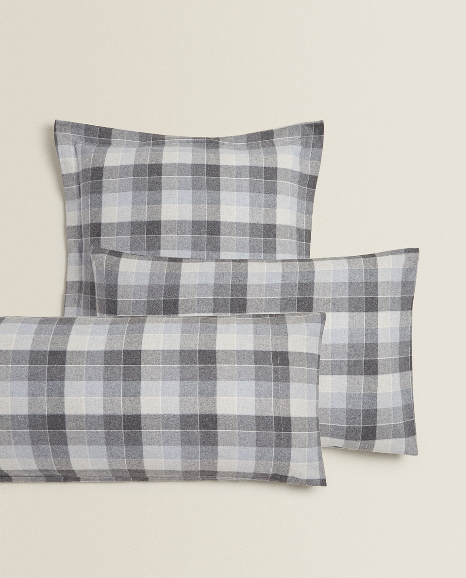 FLANNEL PILLOWCASE