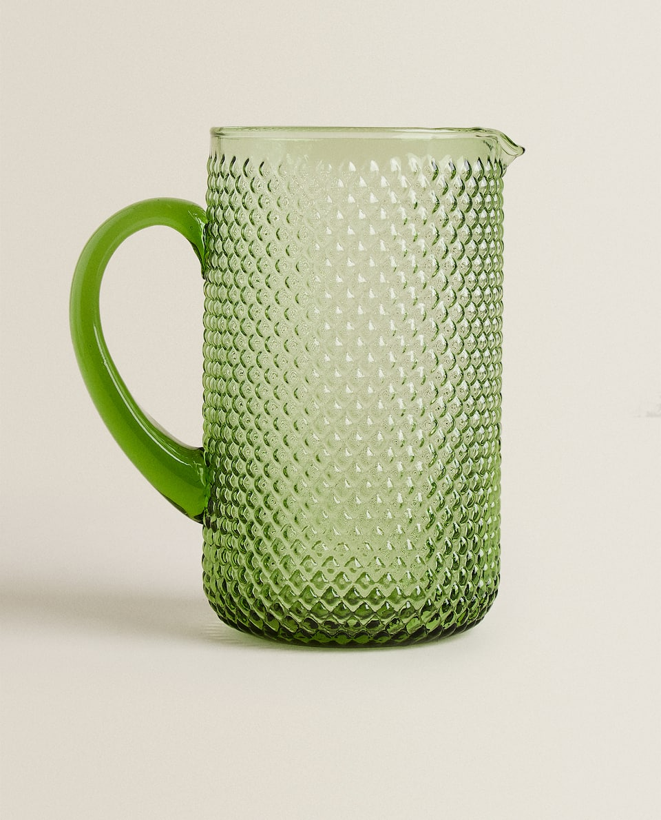 RAISED DESIGN GLASS JUG