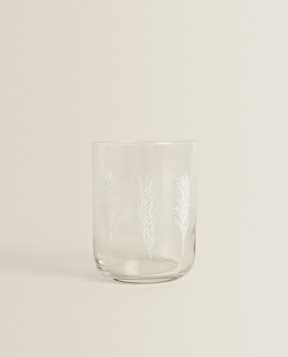 GLASS TUMBLER WITH HERRINGBONE TRANSFER