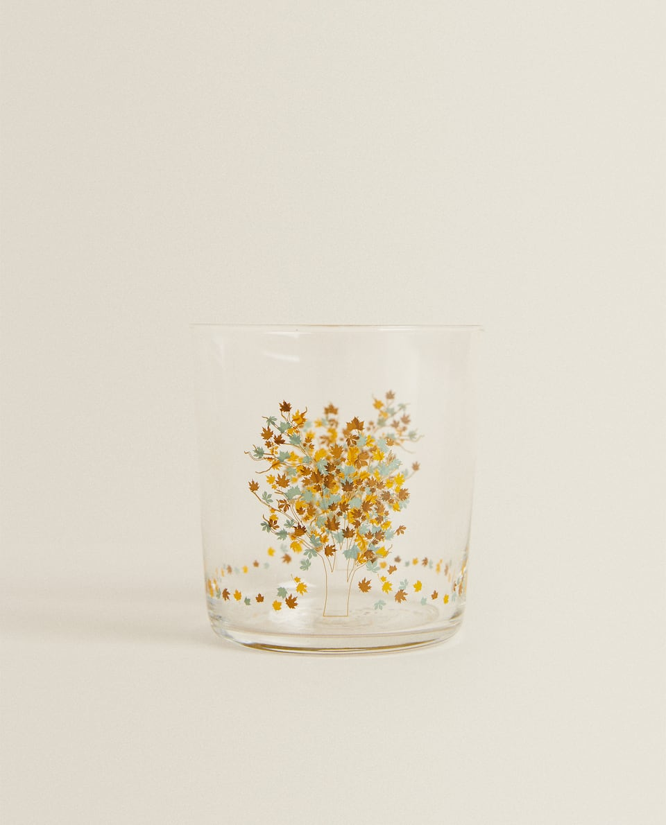 GLASS TUMBLER WITH LEAF TRANSFER