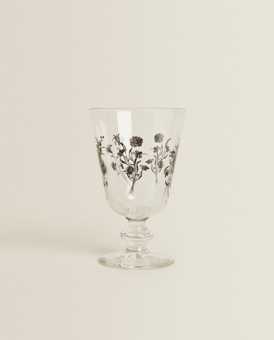WINE GLASS WITH FLORAL TRANSFER